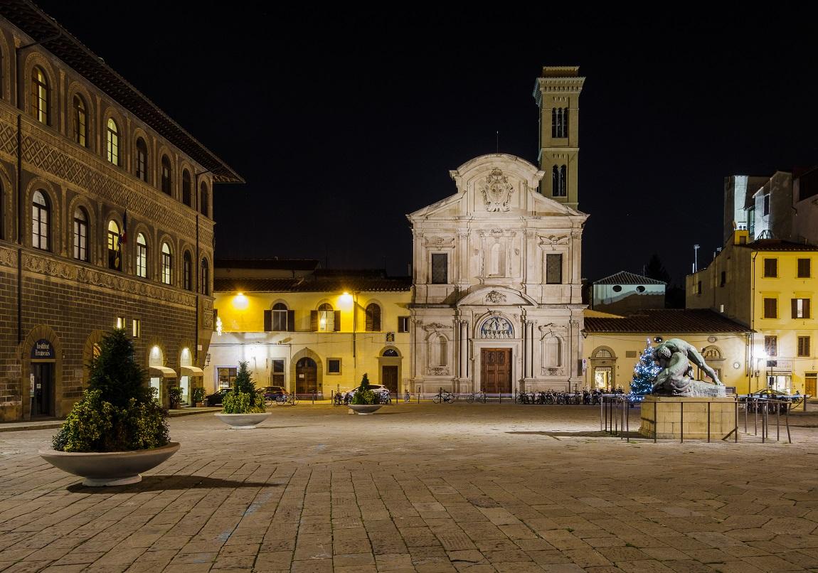 Matrimonio indiano a Firenze in piazza Ognissanti
