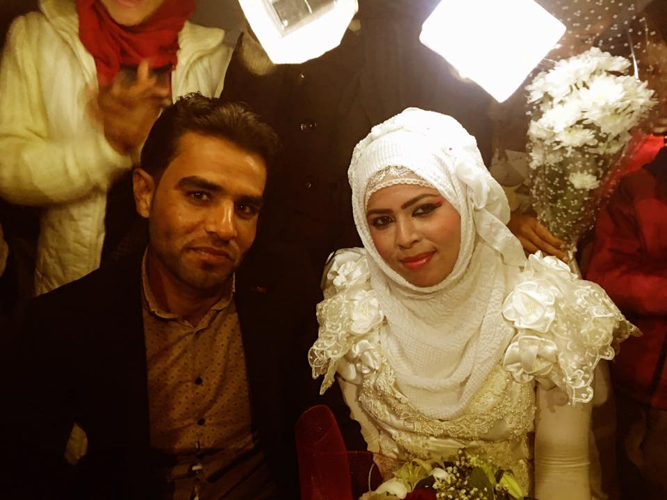 THE FIRST WEDDING FOR SYRIANS IN MUDDY CAMP IDOMENI