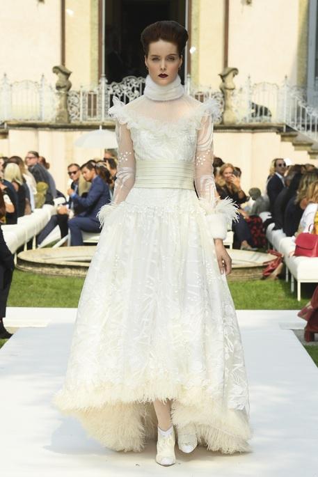 Sfilata a/i 2018 Raffaella Curiel - Abito da Sposa