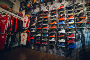 Rucker Park basketball store a Milano - interno