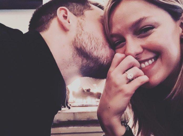 Un anello di fidanzamento super luxury merita tutta la scena