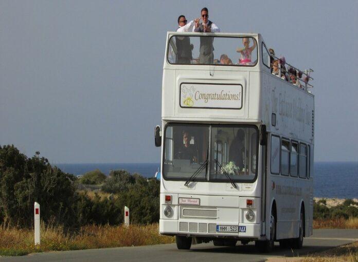 Noleggio autobus matrimonio